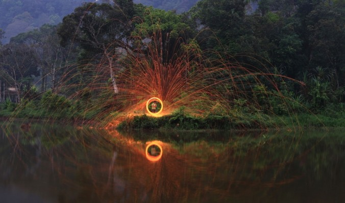 Foto Fun With Light Steel Wool oleh Wartono