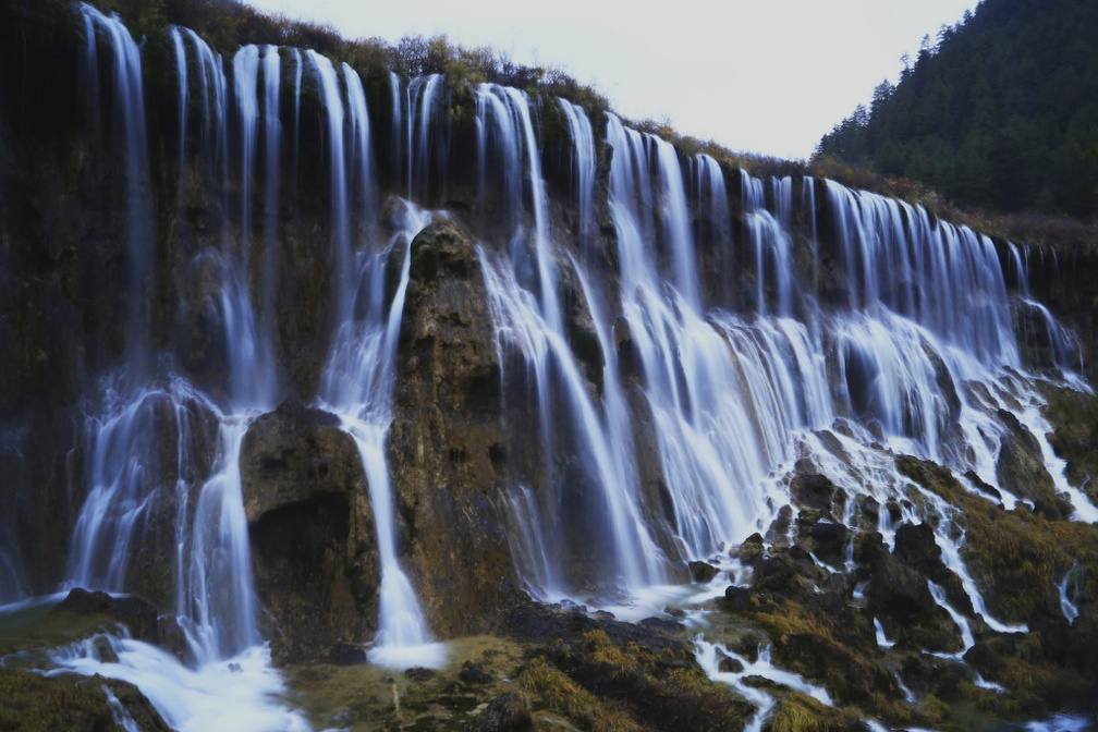Foto Low Speed di Nourilang Waterfalls Jiuzhaigou oleh Wartono