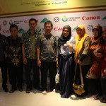 Foto bersama di Photo Booth