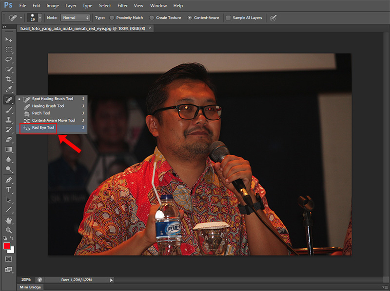 Klik Icon Red Eye Tool pada Toolbar